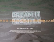 Wallpaper Dream It Possible Rp 275.000/roll